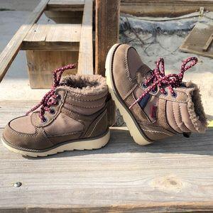 Osh Gosh Jagger Boots 🥾 EUC Size 7